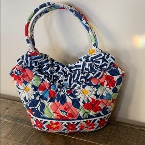 Cute Vera Bradley mini ruffled flower purse